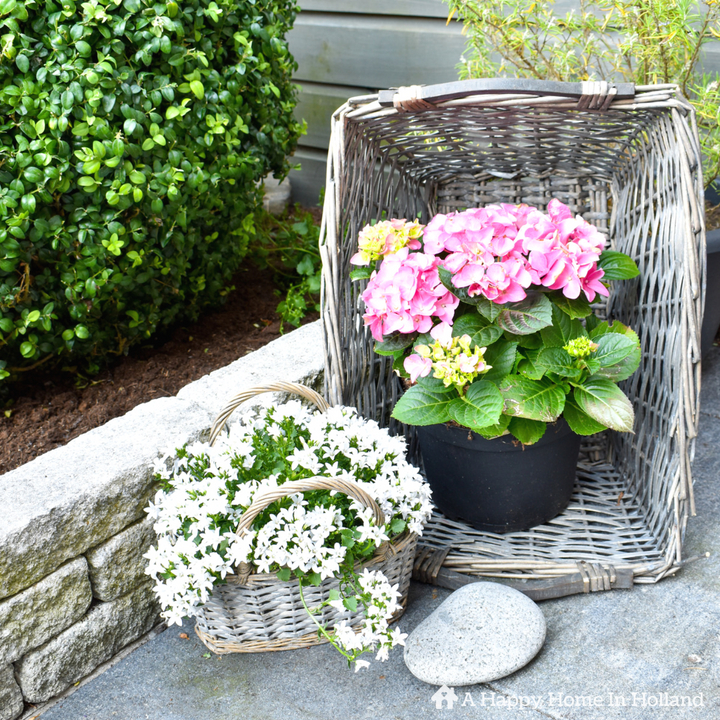 Junk Garden Ideas 2018 Edition: Easy Summer Garden Patio Ideas & 2018 Summer Blog Hop